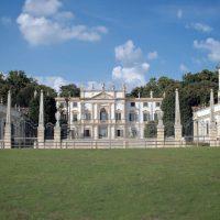 529--Villa-Mosconi-Bertani-Valpolicella-Verona-Italy-(1)